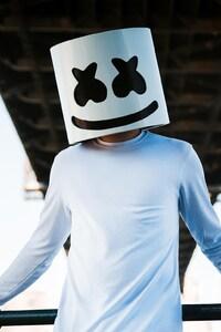 1242x2688 Marshmello DJ Mask