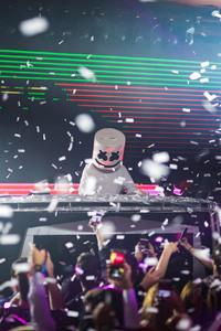 750x1334 Marshmello Dj Music Live