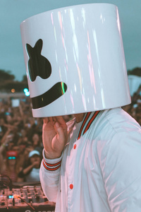 Marshmello Performing Live Stage Crowd 5k