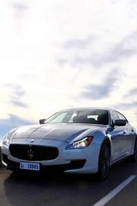 360x640 Maserati On Road