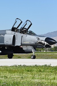 Mcdonnell Douglas F-4 Phantom II Jet Fighter Aircraft Warplane