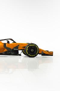 2160x3840 McLaren MCL33 2018