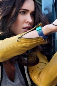 320x480 Megan Fox In Teenage Mutant Ninja Turtle