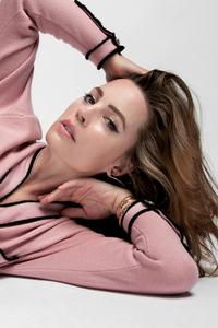 720x1280 Melissa George Emmy Magazine