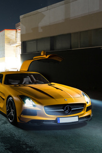 320x568 Mercedes Benz Amg GT Yellow