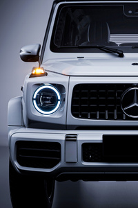 240x400 Mercedes Benz G 63 White