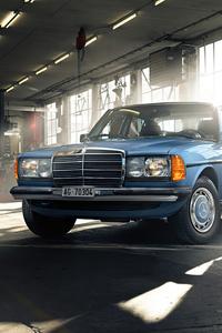 1080x2280 Mercedes Benz W123 Classic Car