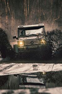 480x800 Mercedes G500 4x4 Extreme Offroading 5k