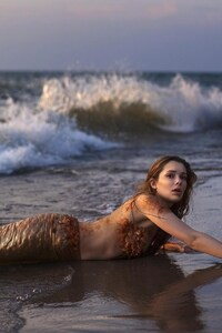 1080x2280 Mermaid Girl On Beach