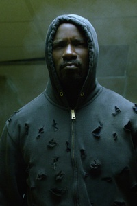 640x960 Mike Colter As Luke Cage HD