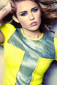 800x1280 Miley Cyrus 2021 5k