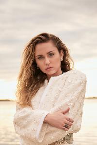 1080x1920 Miley Cyrus Vanity Fair 2020