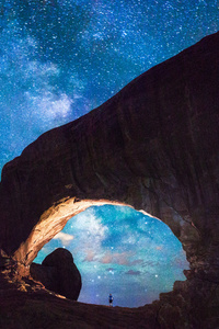 800x1280 Milky Way Arch 4k