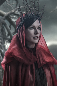 Milla Jovovich As Nimue The Blood Queen