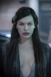 Milla Jovovich Blood Queen In Hellboy