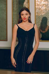 2160x3840 Miranda Kerr Instyle Photoshoot 2019