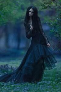 1242x2688 Model In Amazing Black Dress
