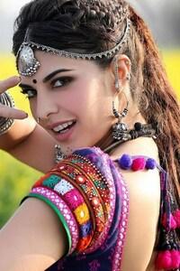 640x1136 Model In Indian Dress