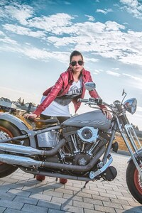 240x400 Model With Harley Davidson