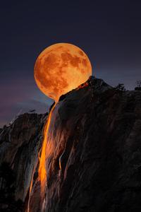 720x1280 Moon Horsetail Falls Yosemite National Park 5k