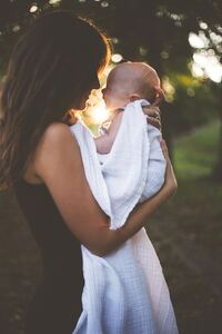 1080x2160 Mother And Child Cute