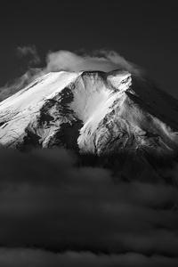 1440x2560 Mount Fuji Monochrome