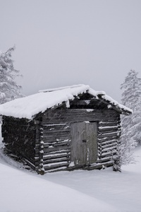 360x640 Mountain Hut Snow 5k