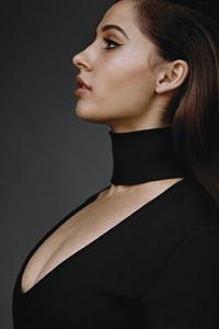 Naomi Scott W Magazine 4k