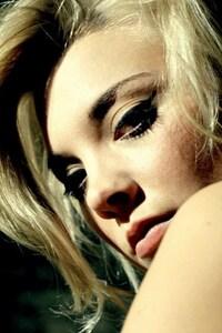 Natalie Dormer Blonde Hairs
