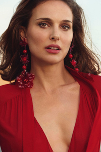 Natalie Portman 2018 New