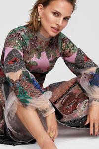 800x1280 Natalie Portman Elle 2019