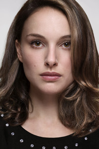 Natalie Portman New 2018