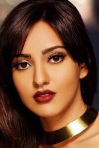 540x960 Neha Sharma Indian Celebrity
