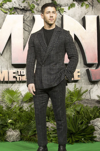 1440x2960 Nick Jonas Jumanji Welcome To The Jungle Movie UK Premiere