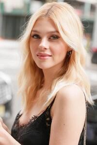 Nicola Peltz Cute