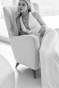 Nicola Peltz Vogue ES 2017