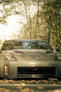 640x960 Nissan 350Z