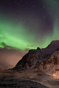240x320 Northern Lights Lofoten Norway 5k
