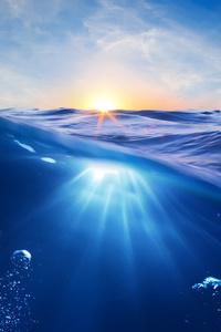 Ocean Clean Water Sun Rays Bubbles 5k