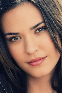 Odette Annable Face