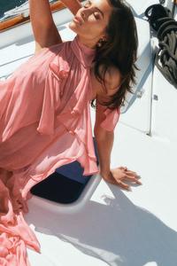 240x320 Olivia Culpo Hamptons Magazine 5k