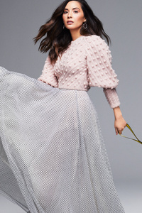Olivia Munn 5k New