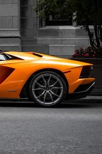 Orange Lambo Aventador 5k