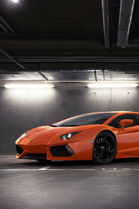 Orange Lamborghini Aventador 2018