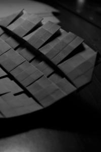 1125x2436 Origami Monochrome