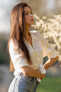 1440x2560 Outdoor Flourish Evening Woman 5k