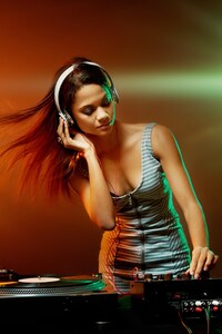 Party Dj Girl