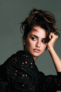 Penelope Cruz Esquire 201