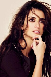 Penelope Cruz Latest