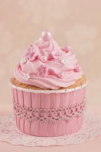 240x320 Pink Cupcake